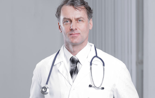 Amerikanen houden rekening met waslijst aan bijwerkingen covid-19 vaccin